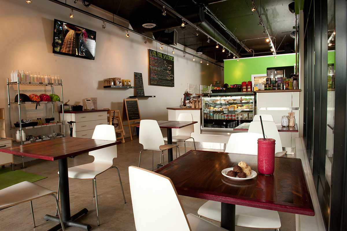 The local lift juice bar parkgate village north for Bar food vancouver